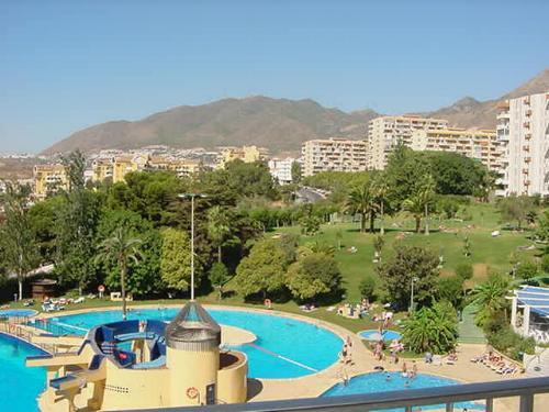 Minerva/Jupiter swimming pools and gardens